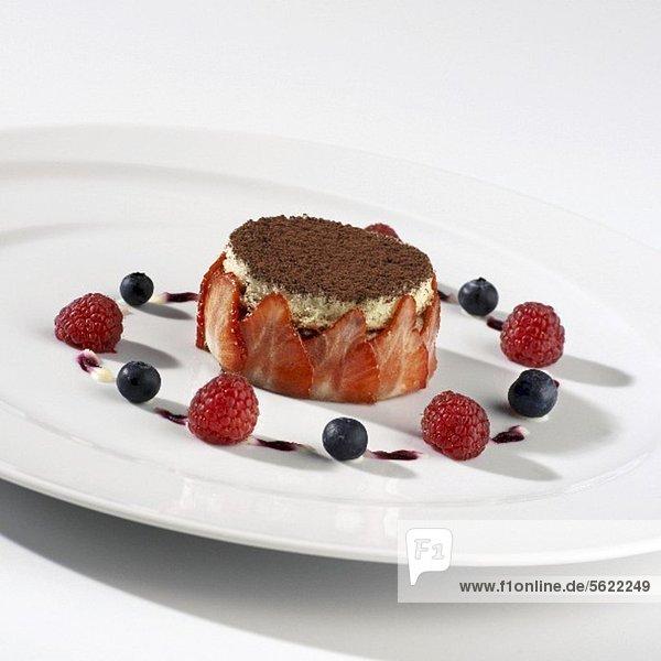 Tiramisu mit frischen Beeren