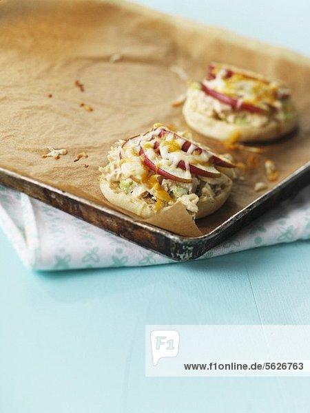 Mini pizzas with tuna  apple and cheese