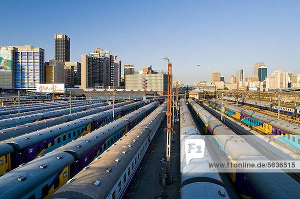 Südliches Afrika Südafrika Afrika Gauteng Johannesburg Haltestelle Haltepunkt Station