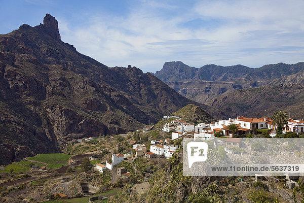 Europa Berg Dorf Ansicht Kanaren Kanarische Inseln Gran Canaria Spanien