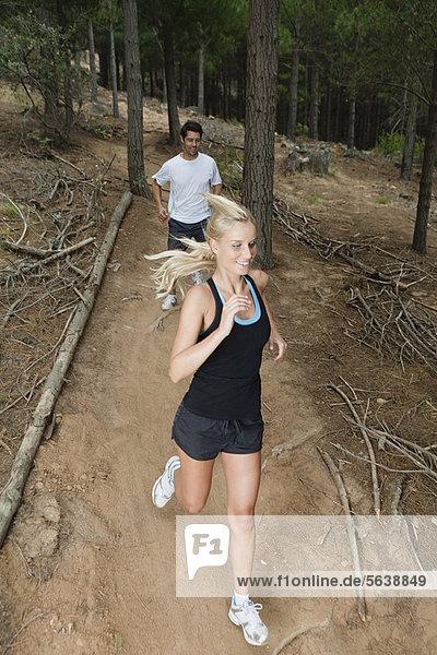 Weg  rennen  Wald  schmutzig