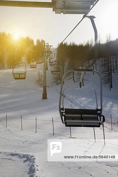Landschaft  über  Schnee  Ski  Skilift