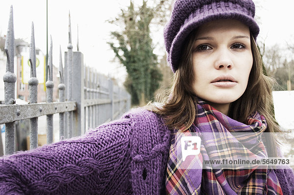 Young woman during winter time  portrait