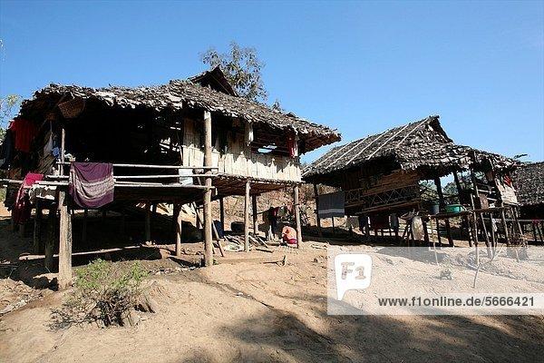 nahe Hütte Mensch Menschen Ergebnis camping Ansicht Siedlung Myanmar 200 Grenze Thailand