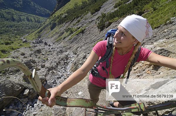 Europa  Berg  Nostalgie  Lodge  Landhaus  wandern  Österreich  klettern  Tirol