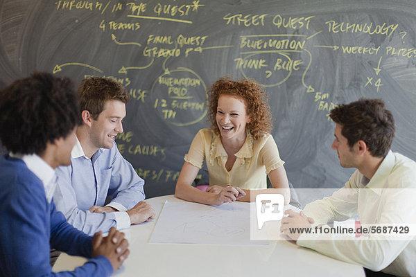 sprechen  Mensch  Menschen  Geschäftsbesprechung  Besuch  Treffen  trifft  Business