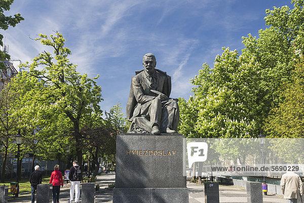 Statue of Pavol Orsz·gh Hviezdoslav in the old town of Bratislava  Slovak Republic  Europe