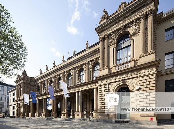 Wertpapierbörse  Neue Börse  Industrie- und Handelskammer  Frankfurt am Main  Hessen  Deutschland  Europa  ÖffentlicherGrund