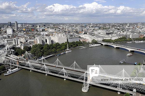 Aussicht vom London Eye Riesenrad auf die Themse  London  England  Großbritannien  Europa