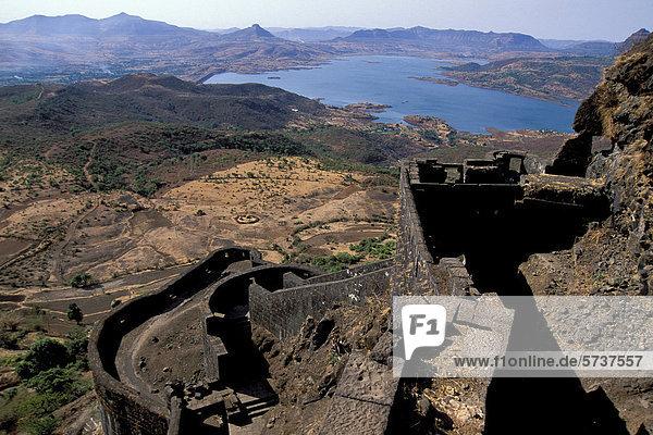 Lohagarh  fort of Commander Shivaji  a national hero in Maharashtra  near Chiplun  Konkan Coast  Maharashtra  India  Asia