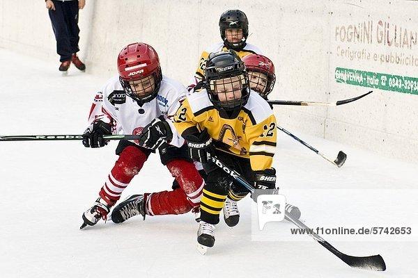 Eishockey-Spiel  Sonogno  Schweiz