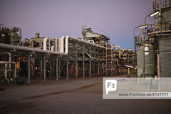 Infrastructure of oil refinery