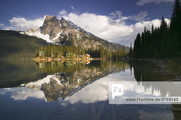 See Lodge Landhaus Yoho Nationalpark British Columbia Kanada Smaragd