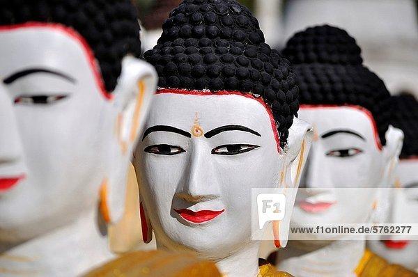 Drehzahlmesser  liegend  liegen  liegt  liegendes  liegender  liegende  daliegen  stehend  Myanmar  Buddha