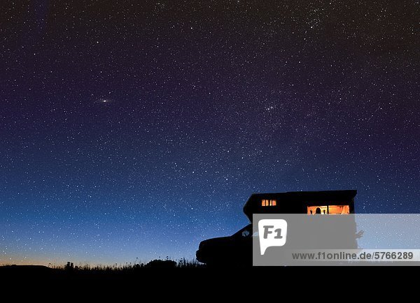 nahe sternförmig Himmel unterhalb camping Weltraumforschung British Columbia Kanada