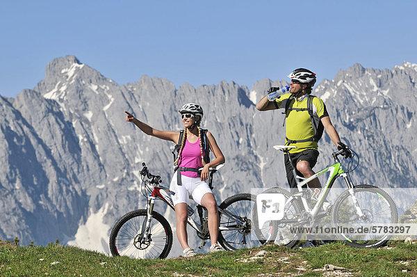 Mountainbiker,  Eggenalm,  Reit im Winkl,  Chiemgau,  Bayern,  Deutschland,  Europa