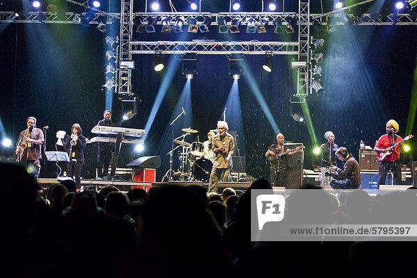 Der jamaikanische Reggae-Sänger Max Romeo mit Band live beim Soundcheck Open Air in Sempach-Neuenkirch  Luzern  Schweiz  Europa