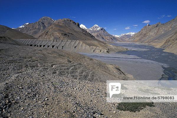 Tal des Pare oder Paru Chhu bei Dutung  nahe tibetischer Grenze  Kibber-Karzok-Trek  Himachal Pradesh  indischer Himalaya  Nordindien  Indien  Asien