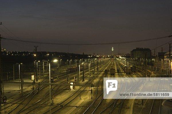 Rangierbahnhof bei Nacht  Wien  Österreich