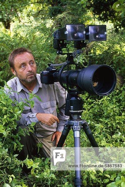 Frans Lanting am Arbeitsplatz  Luangwa Valley  Zambia