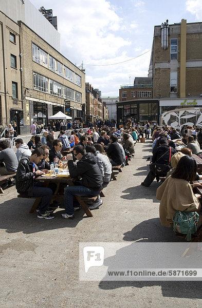 Außenaufnahme Europa Mensch Menschen Großbritannien London Hauptstadt jung Brauerei England alt