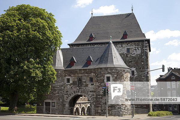 Ponttor  Stadttor  Aachen  Rheinland  Nordrhein-Westfalen  Deutschland  Europa  ÖffentlicherGrund