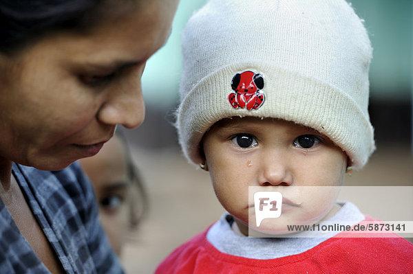 Hilfsorganisation bietet Gesundheitsdienste und Aufklärung für Mütter und Kinder in abgelegenen ländlichen Gemeinden an  Comunidad Kinta'i  Caaguazu  Paraguay  Südamerika'