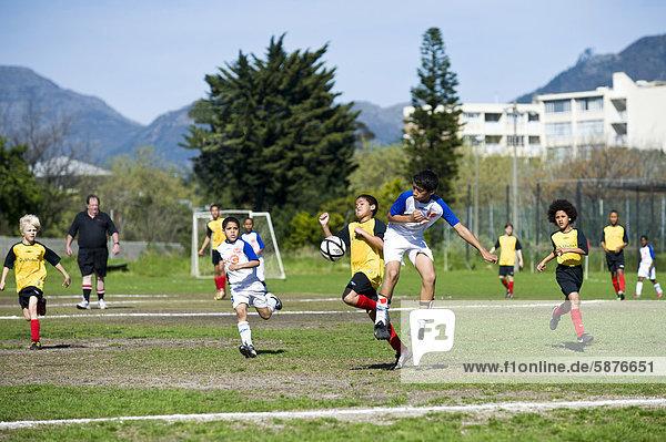 Südliches Afrika Südafrika Teamwork Spiel jung Afrika Kapstadt Verein Football