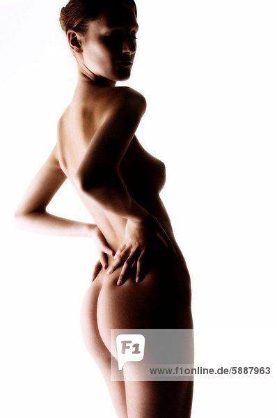 hinter  Profil  Profile  stehend  Frau  jung  Seitenansicht  nackt
