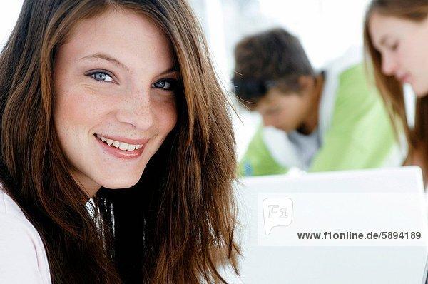 Portrait  lächeln  Student  Hochschule