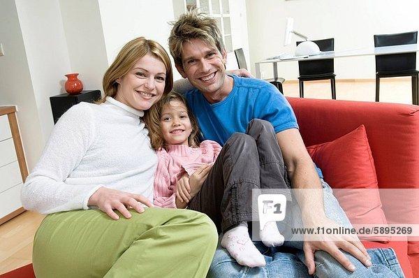 Portrait  lächeln  Menschliche Eltern  Tochter