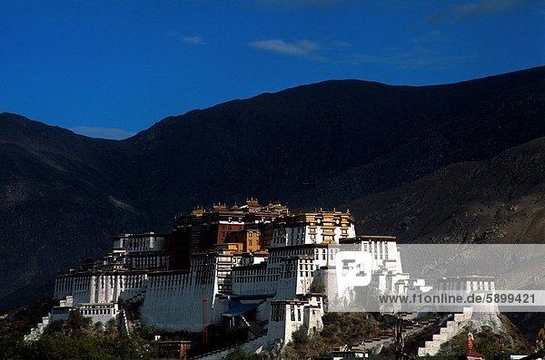 China  Lhasa  Potala Palast  Tibet