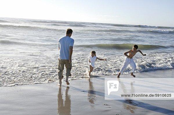 Mann  Strand  rennen  Mittelpunkt  Erwachsener