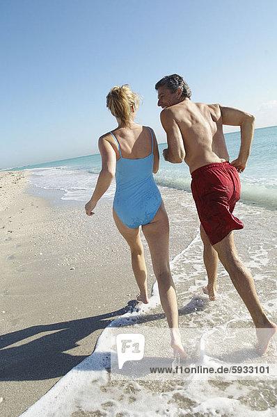 Strand  rennen  Mittelpunkt  Rückansicht  Ansicht  Erwachsener