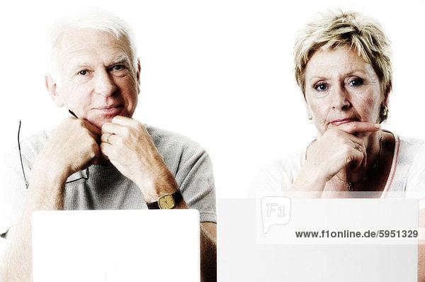 Senior  Senioren  Portrait  denken