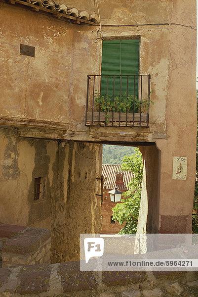 Europa Außenaufnahme Gebäude Straße Dorf schmal alt Spanien