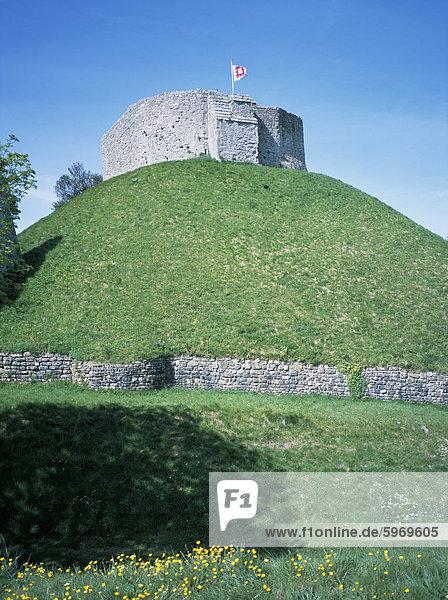 Der Bergfried  Carisbrooke Castle  verwaltet von English Heritage  Isle Of Wight  England  Vereinigtes Königreich  Europa
