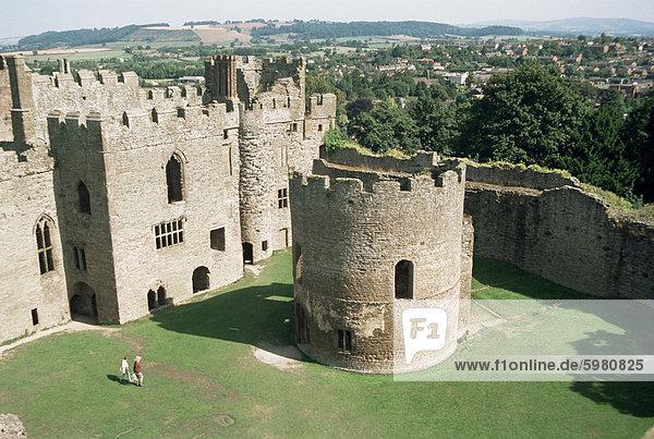 Rundkirche und große Halle  Ludlow Castle  Shropshire  England  Vereinigtes Königreich  Europa