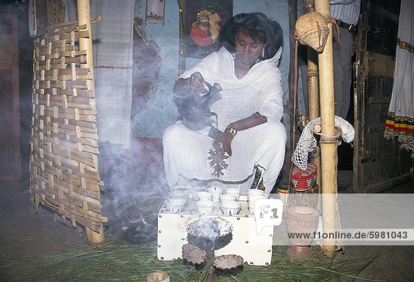 Teezeremonie  Bahar Dar  Äthiopien  Afrika