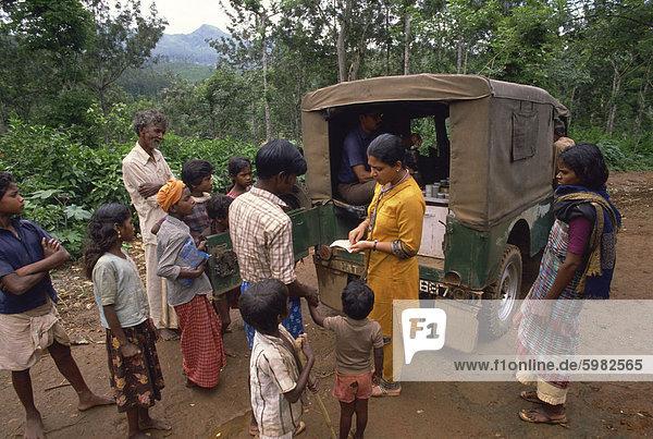 Stammes-Leute und Gesundheit der Arbeitnehmer in Gudulur Hills  Indien  Asien