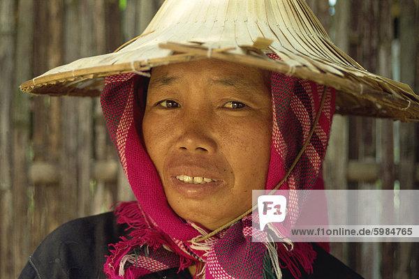 Portrait von Frau Bauer  Chiang Rai  Thailand  Südostasien  Asien