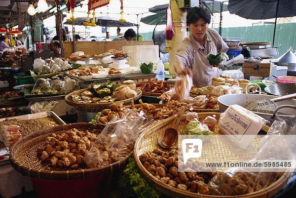 Bangkok Hauptstadt Blumenmarkt Fisch Pisces Wochenende Kuchen Einzelhandelsberuf Südostasien Asien Markt Thailand