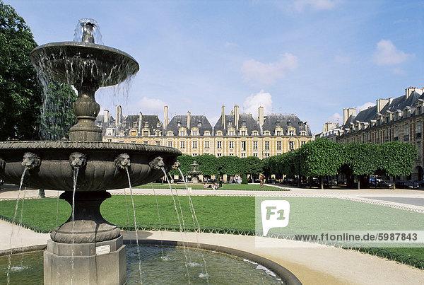 Place des Vosges  Paris  Frankreich  Europa