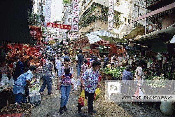 Einen belebten Markt in Chinatown  ein Stück alte Hong Kong Central  dem Geschäftszentrum von Hong Kong Island  China  Asien