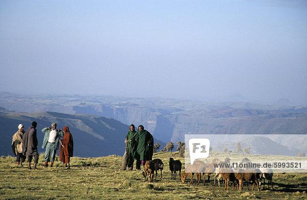 Hirten auf Geech Camp  Nationalpark Simien Mountains  UNESCO World Heritage Site  Äthiopien  Afrika