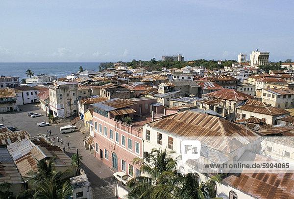 Blick über Dach ganz oben  alte Stadt  Mombasa  Kenia  Ostafrika  Afrika
