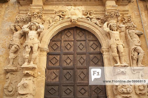Europa Eingang verziert Quadrat Quadrate quadratisch quadratisches quadratischer Italien Sizilien