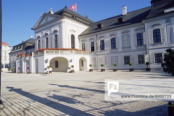 Bratislava Hauptstadt Europa flirten Palast Schloß Schlösser Slowakei