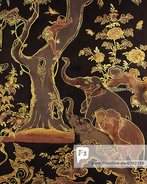 Detail von einem lackierten Schrank mit Elefanten Motiv  Thailand  Südostasien  Asien Detail von einem lackierten Schrank mit Elefanten Motiv, Thailand, Südostasien, Asien