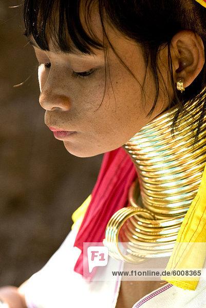 Langer Hals Frau  Karen Padaung  Chiang Mai  Thailand  Südostasien  Asien